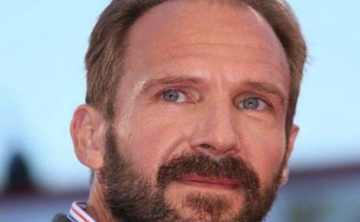 he English actor, film producer and director Ralph Nathaniel Twisleton-Wykeham-Fiennes was born on 22 December 1962. He first made a name on stage at the Royal National Theatre, a Shakespeare translator.