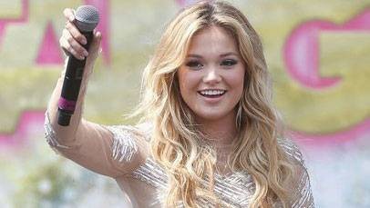 Born on 5 August 1997, Olivia Hastings Holt is an American actress and singer. She performed in the Disney XD series Kickin'It, Disney Channel Original Film Girl vs. Monster, and I Didn't Didn't Do it.